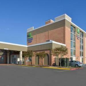 Holiday Inn Express & Suites - Shreveport - Downtown Shreveport